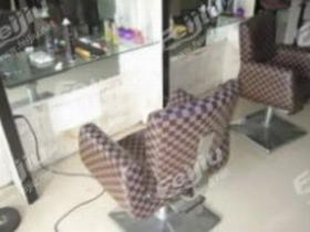 成都高价/长期回收:美发店内所有设备